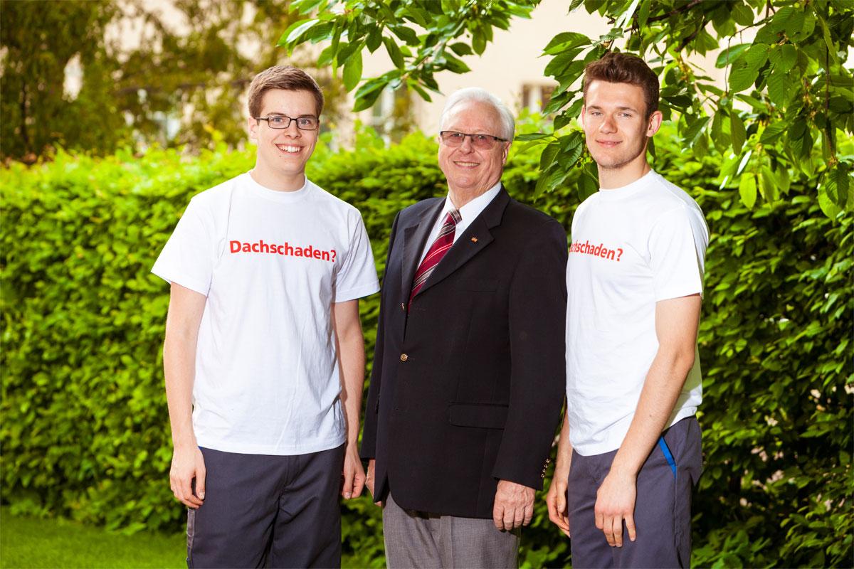 Claus Dittrich mit der fünften Generation: Max und Johannes